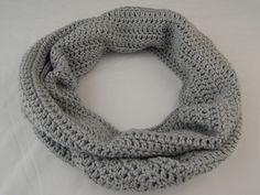 Light Grey Infinity Scarf Womens Crochet Cowl Knit Circle Scarf Fall and Winter Neckwarmer #fashion #accessories