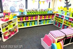 this blog post has SO many tips to organize your classroom library Library Organization, Organization And Management, Classroom Organisation, Classroom Management, Library Ideas, Class Library, Behavior Management, Library Labels, Dream Library