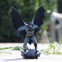 "Free shipping Base Batman Action Figure DC Limited Edition 8"" Statue Batman Black Toys PVC Model Packed Send a friend a gift #Affiliate"