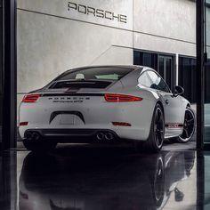 #motorsquare #dream4you #oftheday : #Porsche #911 GTS what do you think about it?  #car #cars #carporn #auto #cargram #exotic #wheels #speed #road #dream #ferrari #ford #honda #mini #nissan #lamborghini #porsche #astonmartin #audi #bmw #mercedes #bentley #jaguar #lexus #toyota
