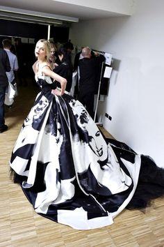 Haute Couture Robe Noire et Blanche imprimée à l'effigie de Marilyn de  Dolce & Gabbana.