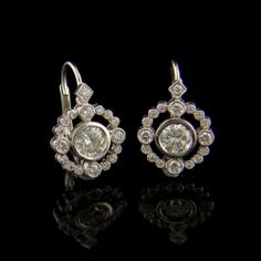 18 Karat White Gold Drop Earrings with 1.48ct Diamonds