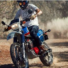 Honda XL in action @enduro_hrc via ✨ @padgram ✨(http://dl.padgram.com)