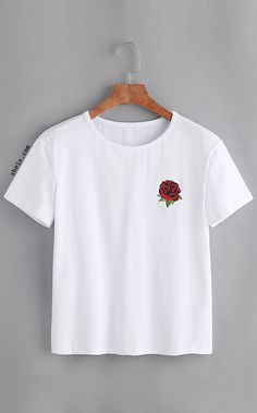 To find out about the Rose Embroidered Tshirt at SHEIN, part of our latest T-Shirts ready to shop online today! Tee Shirt Adidas, T-shirt Broderie, Top Mode, Rose T Shirt, White Cotton T Shirts, Cotton Tee, Embroidered Shorts, Ellesse, Printed Tees