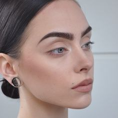 22 ideas piercing eyebrow girl stretched ears for 2019 Make Up Looks, Looks Cool, Natural Eyebrows, Natural Makeup, Bushy Eyebrows, Beauty Make-up, Hair Beauty, Makeup Inspo, Makeup Inspiration