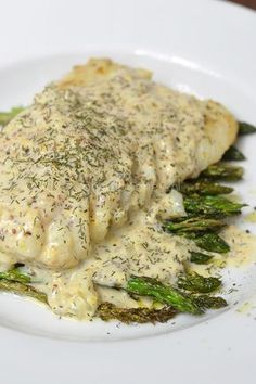 Kabeljauw met mosterd-dillesaus - OhMyFoodness Pureed Food Recipes, Easy Healthy Recipes, Fish Recipes, Seafood Recipes, Vegetarian Recipes, I Love Food, Good Food, Yummy Food, Senf Dill Sauce
