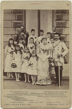 August Princess Beatrice - the youngest daughter of Queen Victoria and Prince Albert, (front, left), and Prince Henry of Battenberg - on their wedding day with their bridesmaids. Queen Victoria Children, Queen Victoria Family, Queen Victoria Prince Albert, Princesa Anne, Princesa Margaret, The Young Victoria, Royal Brides, Royal Weddings, Grace Kelly