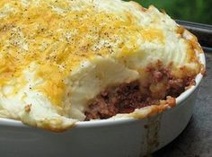Hearty Hamburger Pie--try w/ Roasted garlic mashed potatoes