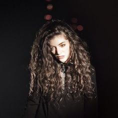 Lorde... my hair goal for 2014!!! just colorful.