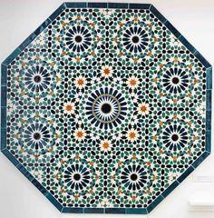 #Islamicart #geometry #mosaic (© Dana Awartani)