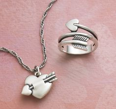 Valentine's Day Gifts from James Avery Jewelry Got the ring need the necklace James Avery Necklace, James Avery Rings, Jewelry Accessories, Jewelry Design, Heart With Arrow, Valentine Day Gifts, Valentines, Bling, Jewels