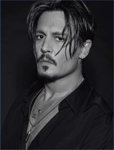 Young Johnny Depp, Here's Johnny, Simon Nessman, Hot Actors, Handsome Actors, Junger Johnny Depp, Johnny Depp Interview, Johnny Depp Joven, Barba Van Dyke
