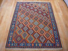 Kilim vintage rug 5,4 x 3,9 ft / 164 x 118 cm cm very fine semi antique bohemian boho style carpet moroccan 6 x 4 ft