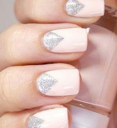 Perfect for medium nail length.