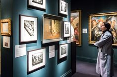 The European Fine Art Fair, afgekort TEFAF, is een jaarlijks terugkerende tien dagen durende kunst- en antiekbeurs in Maastricht. De beurs vindt plaats in de maand maart in het Maastrichts Expositie en Congres Centrum. Resorts, Gallery Wall, Warhol, Frame, Home Decor, Art Fair, Modern Design, First Week, Kunst