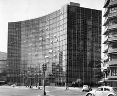 Edificio de los Bonos del Ahorro Nacional (antes de la renovación, Casa Latinoamericana), Paseo de la Reforma 77 esq. Ignacio Ramírez, Col. Tabacalera, Cuauhtémoc, Ciudad de México 1959 (destruido)  Ing. Luis Rivero del Val -   National Savings Bonds building (before renovation, Casa Latinoamericana), Paseo de la Reforma 77 at Ignacio Ramirez, Tabacalera, Cuauhtemoc, Mexico City  1959 (destroyed)