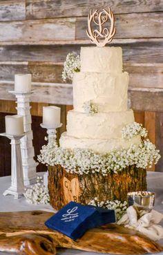 Wedding reception barn, wedding décor, fall wedding, wedding reception. Rustic barn wedding and reception venue in Alabama whiteacresfarms.com