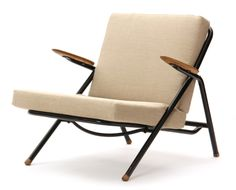 http://www.chairblog.eu/wp-content/uploads/Rare-Tubular-Lounge-Chair-by-Hans-Wegner-Side.jpg