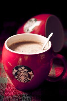 Starbucks.. yum! :) guys please go follow @Brooke Baird Black  she's amazing! :) thanks xx