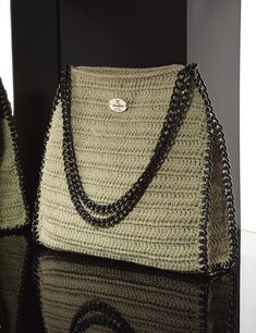 Matoohandmade Round Chain shoulder Shoulder Bag, Crochet Bags, Chain, Fashion, Crochet Purses, Moda, Fashion Styles, Shoulder Bags, Crochet Clutch Bags