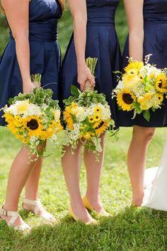 sunflower bridesmaid bouquets...gorgeous colour combo!!