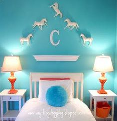 Just paint Breyers, hang them on the wall and BAM!, you have an awesome horse decor Horse Themed Bedrooms, Bedroom Themes, Bedroom Decor, Horse Bedrooms, Bedroom Ideas, My New Room, My Room, Dream Bedroom, Girls Bedroom