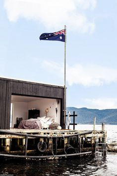 Brisbane photographer Kara Rosenlund travelled across Australia to take pictures of the country's most secluded homes for her book - Shelter - including Tasmania's Satellite Island. Boho Decor, Rustic Decor, Kara Rosenlund, Australia Living, Adventure Is Out There, Tasmania, Island Life, Country, Outdoor Decor