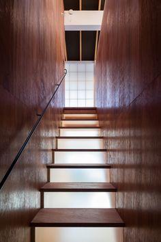 荒谷省午建築研究所による、大阪の「高槻の住宅」 | architecturephoto.net
