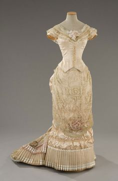 The Age of Innocence (1993) - May's gown, front. On display at Tirelli Costumes.