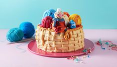 Scarf Lady Cake – Sarah and Duck