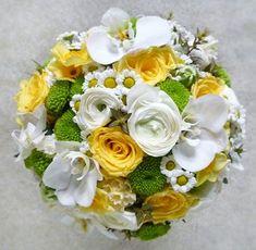 Menyasszonyi csokor sárgarózsával Floral Wreath, Wreaths, Deck, Home Decor, Homemade Home Decor, Door Wreaths, Front Porches, Decks, Deco Mesh Wreaths