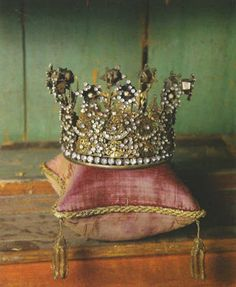 crown...............mine isn't it?