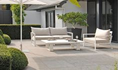 borek buitenmeubels Outdoor Sofa, Outdoor Spaces, Outdoor Living, Outdoor Decor, Garden Furniture, Outdoor Furniture Sets, Paver Designs, Pergola, Inside Outside