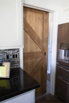 How to Build a Two Sided Barn Door - Sawdust Sisters Sliding Screen Doors, Sliding Door Hardware, Diy Barn Door, Sliding Barn Door Hardware, Building A Barn Door, Building A House, Barn Door Designs, Unusual Homes, Pantry Design