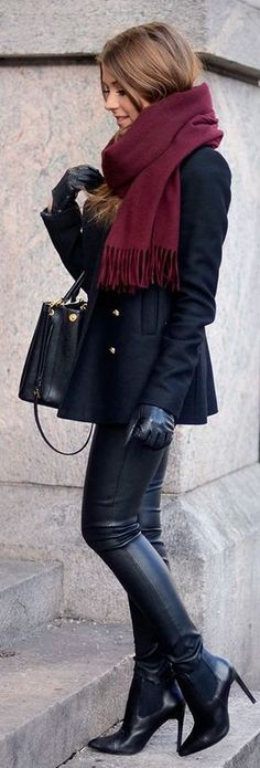 winter outfit for a cold winter day fashion / all black + burgundy scarf. Fashion Trend. Leather trousers.
