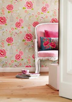 Modern Wallpaper with Colorful Floral Designs for Beautiful Wall Decoration