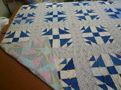 Vintage finished quilt excellent condition by sweetRdays on Etsy, $75.00