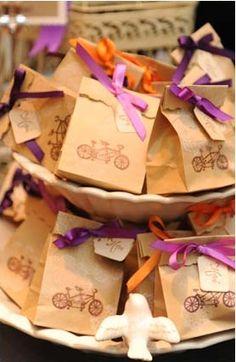 Personalized Favour Bags // Love it