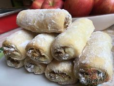 Sour cream rolls with plum jam - thermomix - Nutella recipes Raw Food Recipes, Sweet Recipes, Dessert Recipes, Cooking Recipes, Sour Cream, Plum Jam, Food Tags, Vegetable Drinks, Banana Split