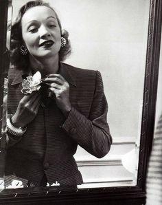 Marlene Dietrich during a 1942 war bond tour; her jewellery, by Cartier, was a gift from Jean Gabin.