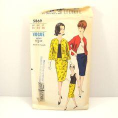 Vintage 1970s Vogue Misses Jacket Skirt and Blouse Pattern by VintageCreekside, $7.25