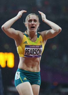 Sally Pearson of Australia celebrates after winning the gold medal in the Women's Hurdles Final on Day 11 of the London 2012 Olympic Games at Olympic Stadium on August 7 2012 in London England. 100m Hurdles, Beautiful Athletes, Athletic Girls, Gymnastics Girls, Female Poses, Track And Field, Lionel Messi, Tennis Players, Olympians