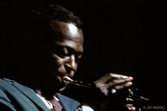 Jay Maisel's quintessential photo of Miles Davis