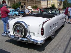 1952 PACKARD with continental kit #classiccars #classiccarinsurance