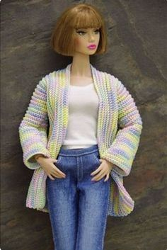 by GEMINI ~ OOAK sweater cardigan outfit clothes for FR Poppy Parker, Nu Face Source by ridelteso cardigan Barbie Clothes Patterns, Crochet Barbie Clothes, Doll Clothes Barbie, Barbie Dress, Clothing Patterns, Barbie Outfits, Barbie Barbie, Barbie Fashionista, Barbie Knitting Patterns