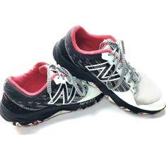86c1888342e13 New Balance Women's 690v2 Speed Running Shoes Size 10 Black White # NewBalance #RunningShoes Athletic