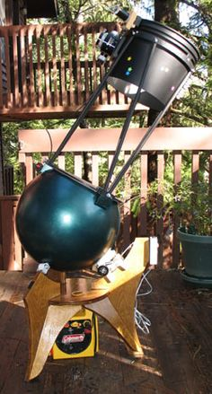 """Jerry Oltion's 10"""" f/3.8 """"Trackball"""" telescope.  Spherical mount with simple tracking drive."""