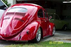 A really cool oval window Red VW Brought you by House of Insurance Auto insurance at the right price in Eugene, Or.