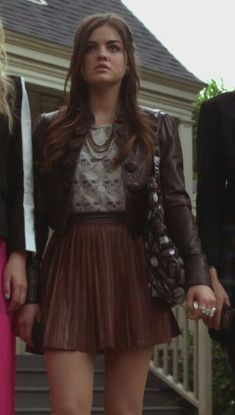 Grunge Look, 90s Grunge, Estilo Aria Montgomery, Aria Montgomery Outfit, Taylor Swift Outfits, Le Happy, Style Geek, My Style, Brandy Melville