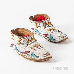 Pair of Plains Beaded Hide Moccasins - Current price: $100 Native American Moccasins, Native American Regalia, American Indians, Western Theme, Pottery Bowls, Jar Storage, Loom Beading, Tribal Art, Baby Shoes